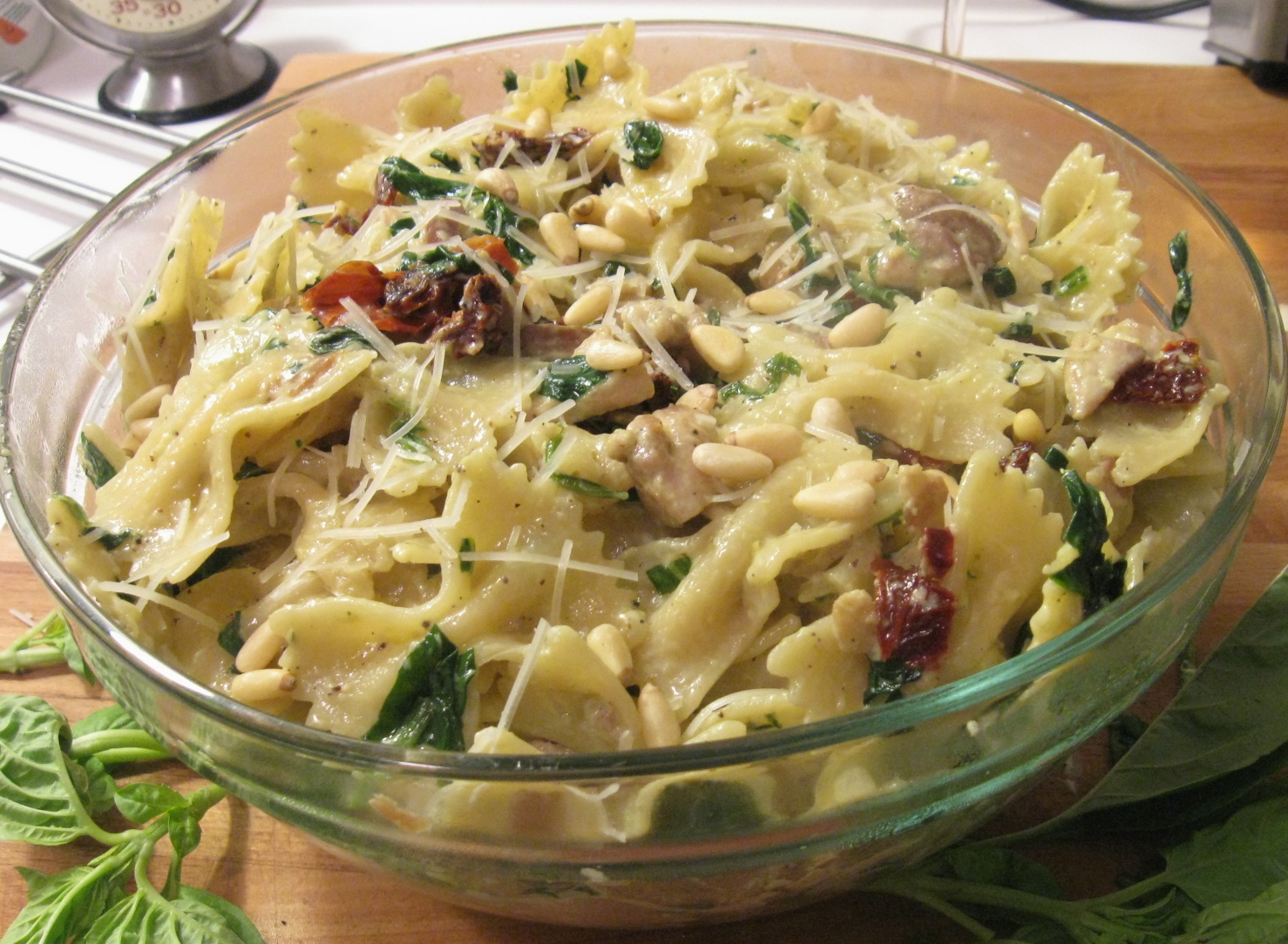 Chicken With Leeks, Sun-Dried Tomatoes In White Wine Sauce Recipe ...